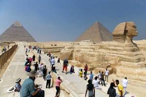 Поток туристов в Египет