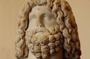 Бог Серапис