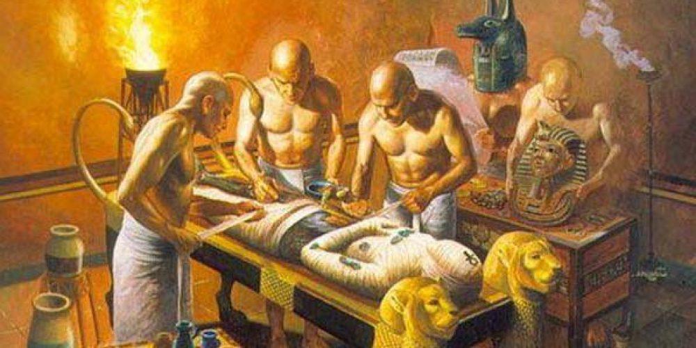 Египетская практика мумифицирования